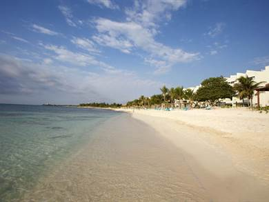 Akumal Bay Beach Wellness Resort